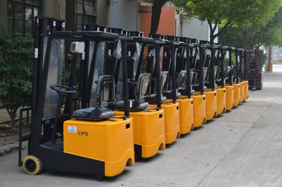SINOLIFT premium CPD-F mini forklifts are ready for shipment to India Dealer.